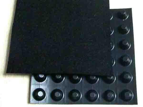 凹凸排水板的主要作用是什么
